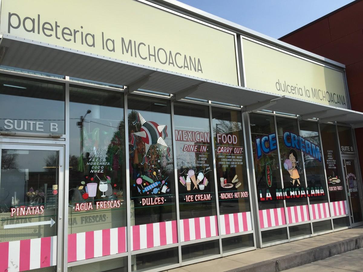 Paleteria La Michoacana La Placita Shopping On East Grand In Des